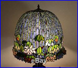 19W metal Base Lotus Water Lily Flower Stained Glass Tiffany Style Table Lamp