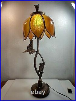 28 TIFFANY STYLE SLAG STAINED GLASS MONKEYS On A PALM TREE TABLE LAMP