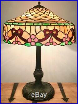 Antique Chicago Mosaic Stained and Leaded Glass Table Lamp Circa 1920 USA