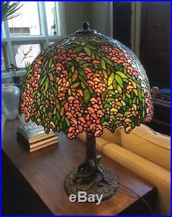 Chicago Mosaic Bronze Tree Trunk Wisteria pattern Tiffany leaded glass lamp