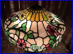 Chicago Mosaic Leaded Glass Table Lamp
