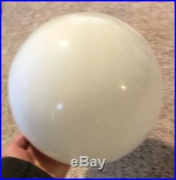 Mid Century Modern 1960s ORB BALL White Glass Table Lamp Light Vintage NICE