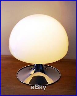 Mid Century Modern Italy Reggiani Mushroom Glass Tulip Chrome Base Table Lamp