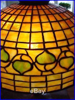 Tiffany Studios leaded glass table lamp-Acorn pattern-15451