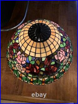 Tiffany Style Stained Glass / Tiffany Table Lamp -Floral Scene