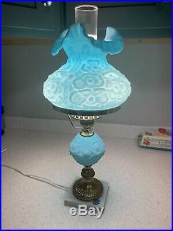 Vintage Antique Beautiful Fenton Blue Satin Poppy Student Table Lamp Condition