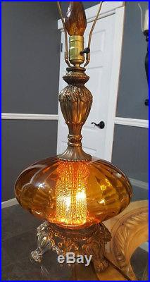 Vintage Hollywood Regency Amber Glass Mid-Century Modern Table Lamp. (RARE)