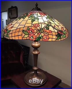 Wilkinson trumpet vine leaded glass table lamp circa 1910s aloadofball Choice Image